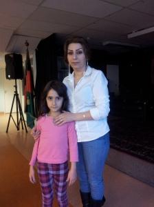 Sabriyeh Dabraghi med dottern Nesa